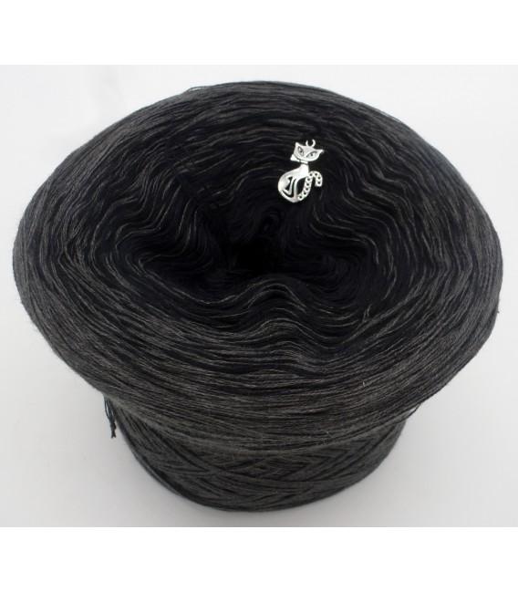 Black Beauty - 5 нитевидные градиента пряжи - Фото 2