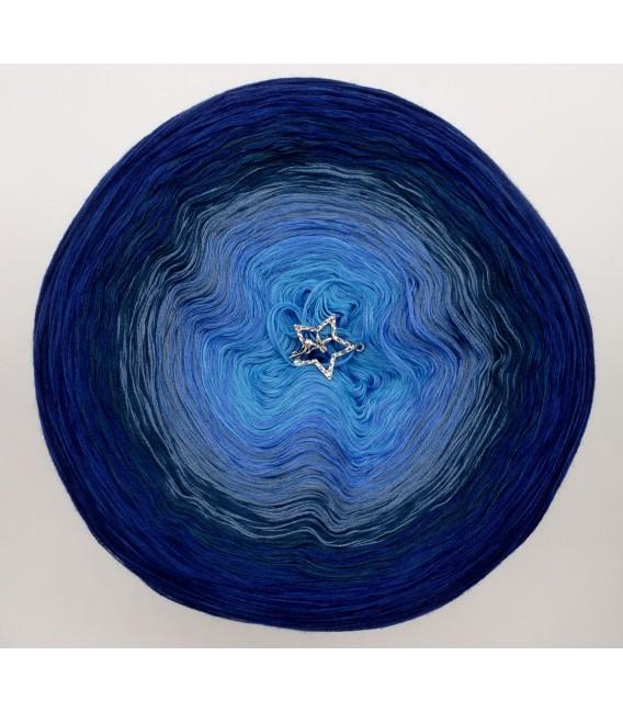 Mondstaub (moondust) - 4 ply gradient yarn - image 3