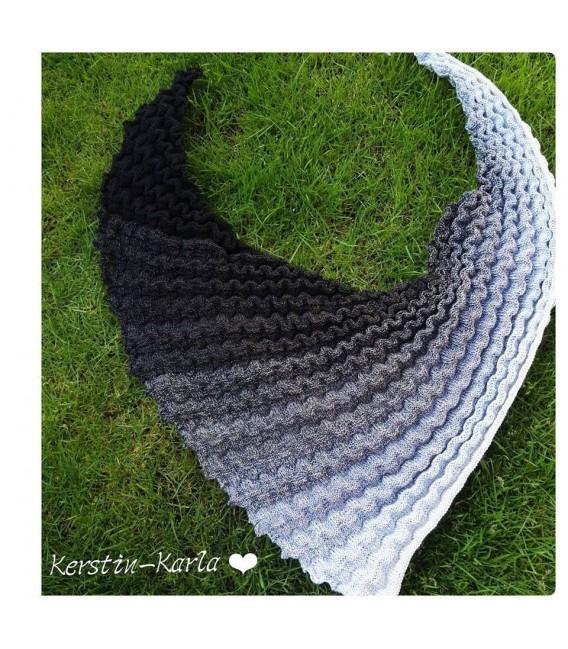 gradient yarn Mitternachtstraum - Black outside 5
