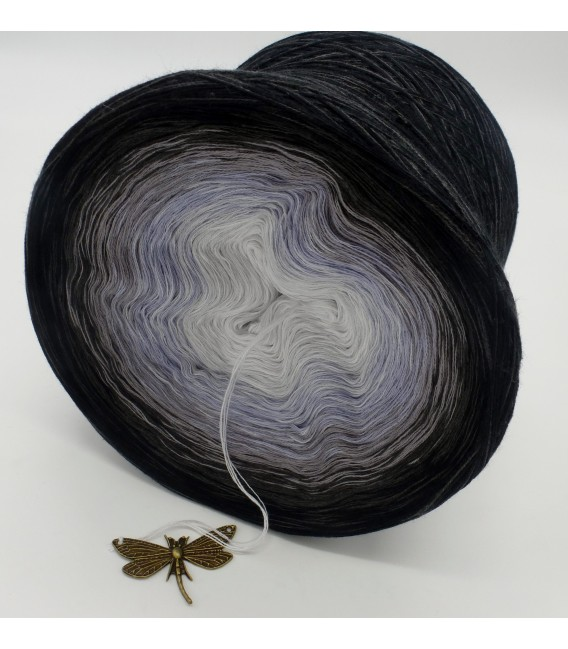 Stimmen im Wind (voices in the wind) - 4 ply gradient yarn - image 5