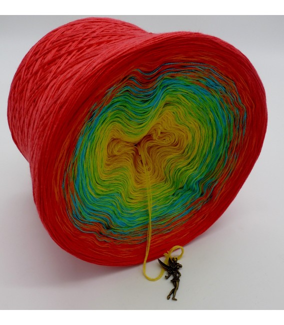 gradient yarn Over the Rainbow - lobster outside 3