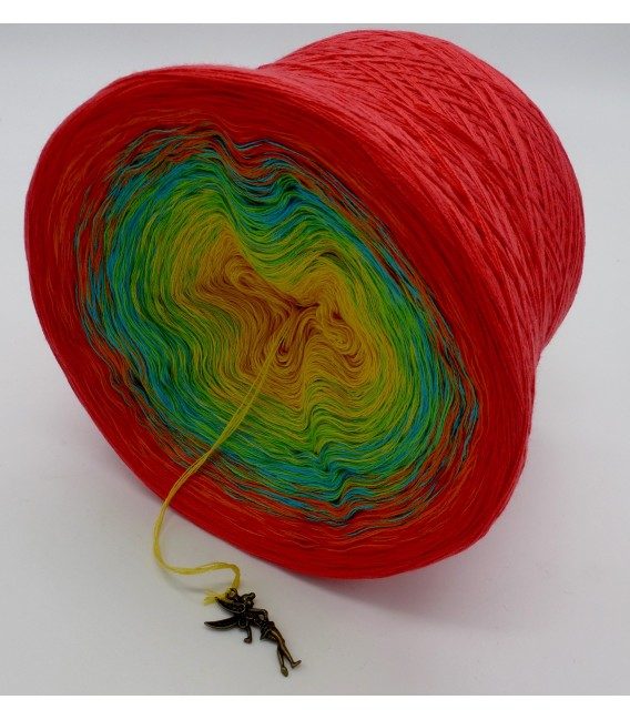 gradient yarn Over the Rainbow - lobster outside 4