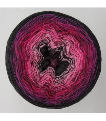 Crazy Oase 11 gradient yarn image 2