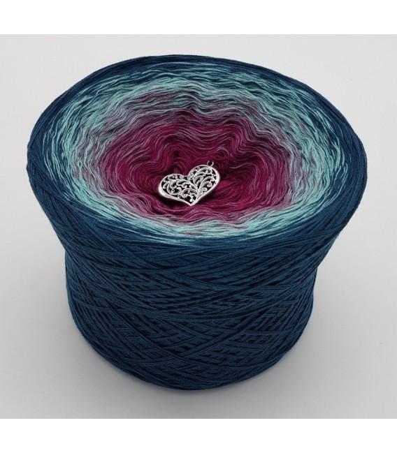 Oase der Geheimnisse (Oasis of secrets) - 4 ply gradient yarn - image 1