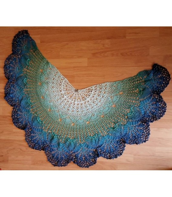 Ein Hauch Glück (A touch of happiness) - 4 ply gradient yarn - image 10