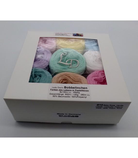 Un paquet Bobbelinchen Lady Dee's Farben des Lebens (Couleurs de vie) (4 fils - 900m) - couleurs pastel. - Photo 2