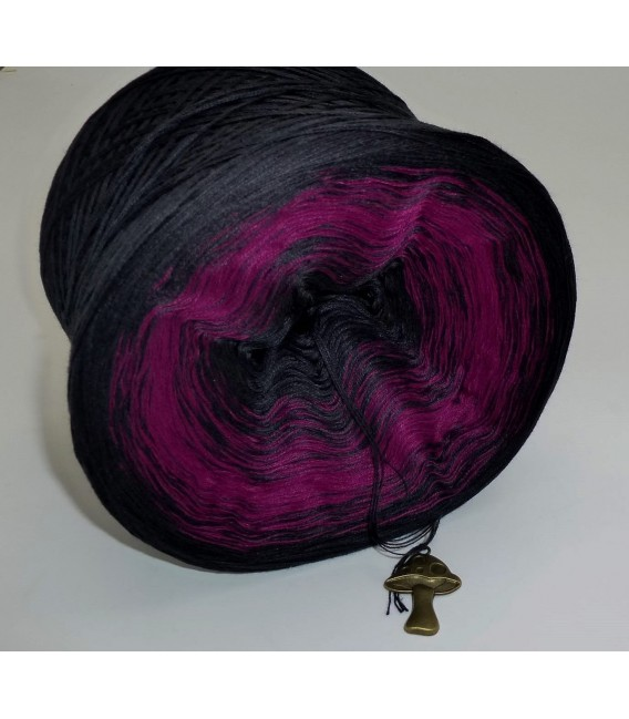 Dark Rose - 4 ply gradient yarn - image 4
