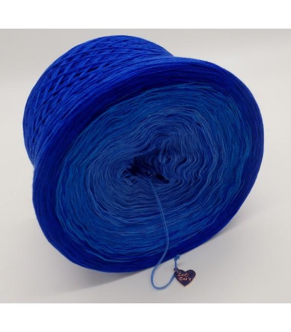 gradient yarn 4ply Kornblumen - Enzian outside