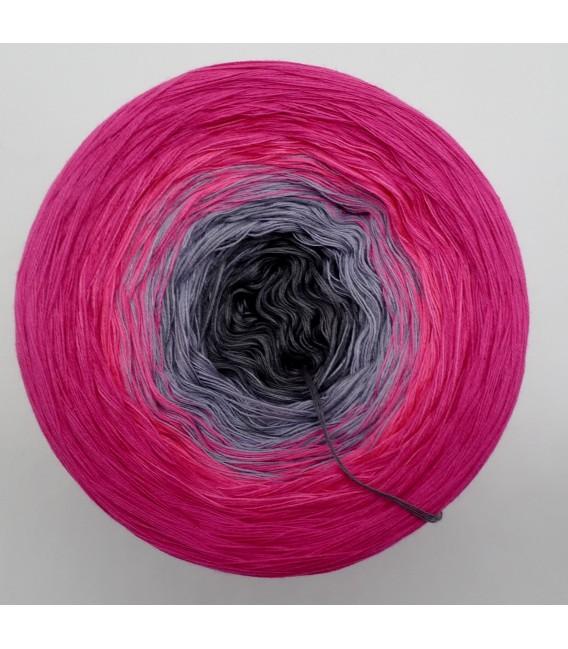 October Bobbel 2017 - fuchsia outside - 4 ply gradient yarn