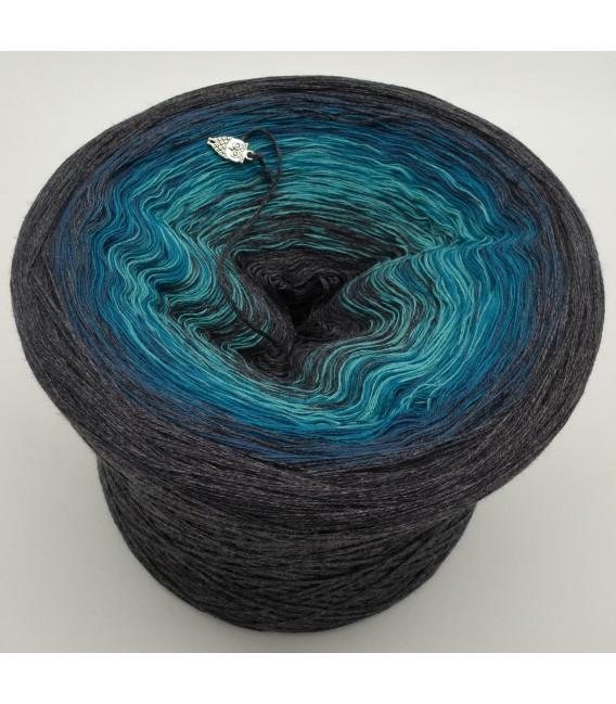 Sacramento - 4 ply gradient yarn - image 1