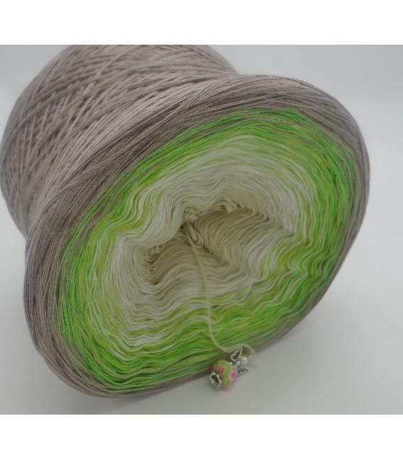 Sommergrün (summer Green) - 4 ply gradient yarn - image 4
