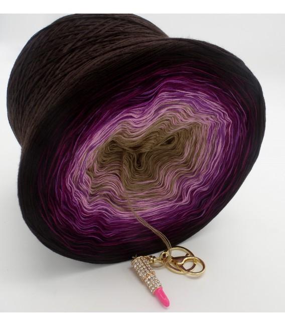 Brombeer Schokolade (Blackberry chocolate) - 4 ply gradient yarn - image 4