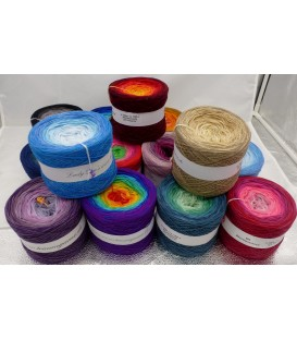 Bobbel with gradient - wish winding 5 threads 350g. You can choose up to 4 colors and a glitter thread