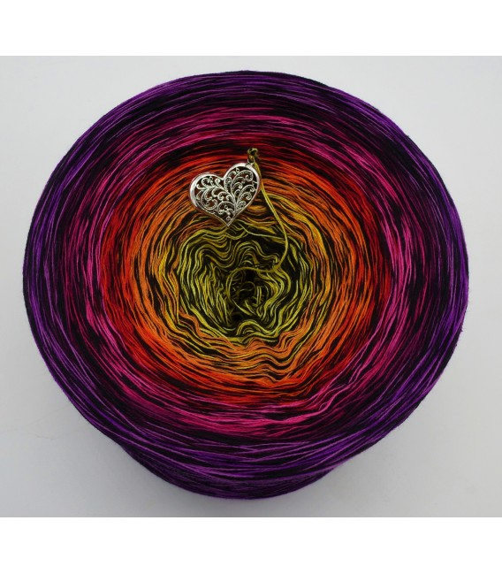 Farbspektakel - Warme Farbtöne (Color Spectacle - Warm colors) - 4 ply gradient yarn - image 2
