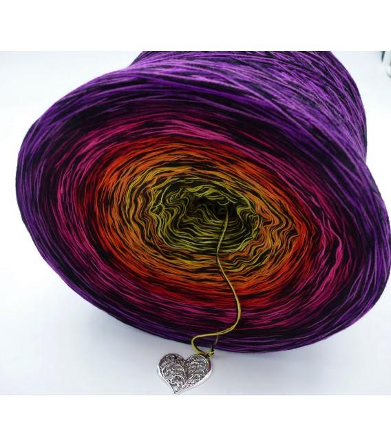 Farbspektakel - Warme Farbtöne (Цветной зрелище - Теплые цвета) - 4 нитевидные градиента пряжи - Фото 4