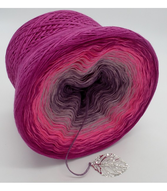 Wilde Rosen (Wild roses) - 4 ply gradient yarn - image 4