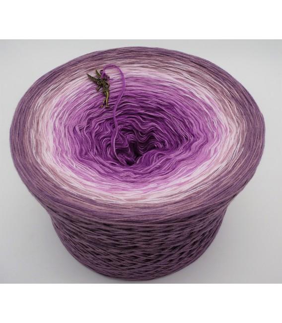 Märchenhafte Begegnung (Fairytale encounter) - 4 ply gradient yarn - image 6