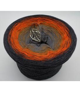 Innere Freude (Inner joy) - 4 ply gradient yarn
