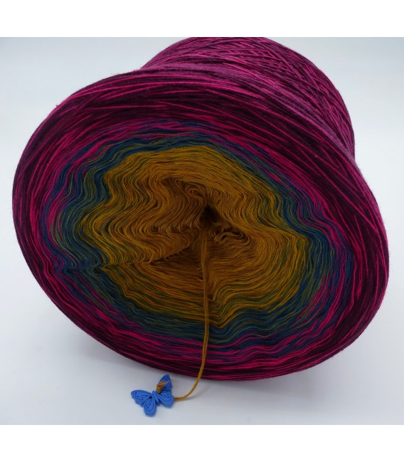 Utopia - 4 ply gradient yarn - image 3