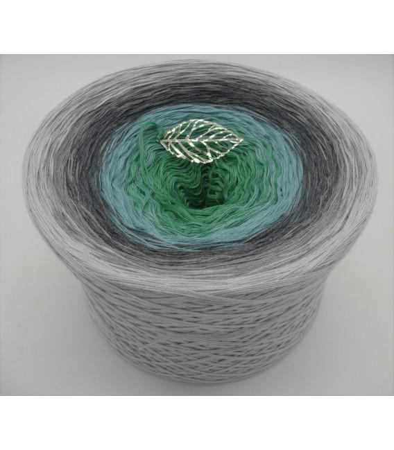 Silber küsst Jade - Farbverlaufsgarn 4-fädig - Bild 1
