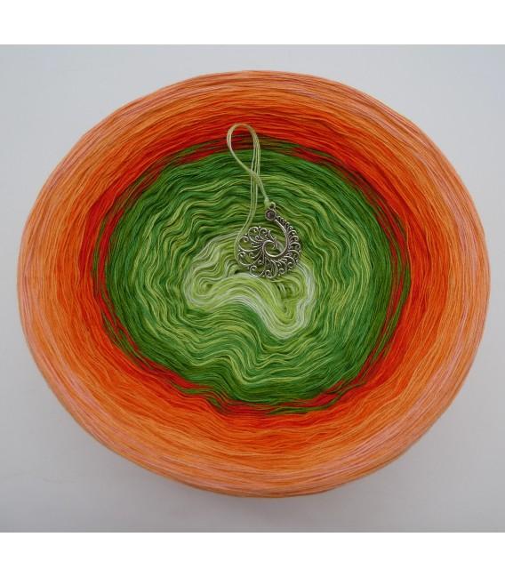 Liebe ist ... Freude (Love is ... joy) - 4 ply gradient yarn - image 2
