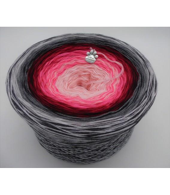 Liebe ist ... Zufriedenheit (L'amour est ... la satisfaction) - 4 fils de gradient filamenteux - photo 1