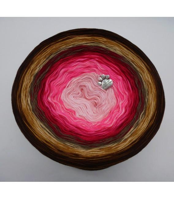 Liebe ist ... Geborgenheit (Love is ... security) - 4 ply gradient yarn - image 2