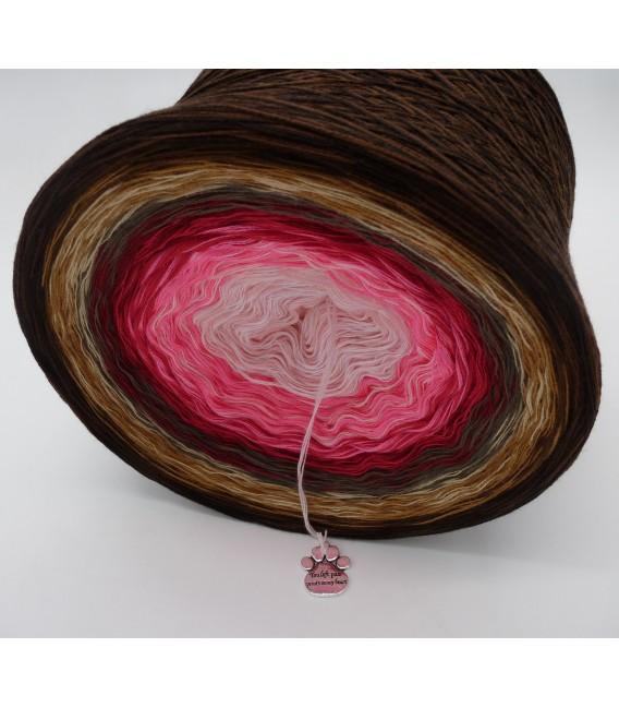 Liebe ist ... Geborgenheit (Love is ... security) - 4 ply gradient yarn - image 3