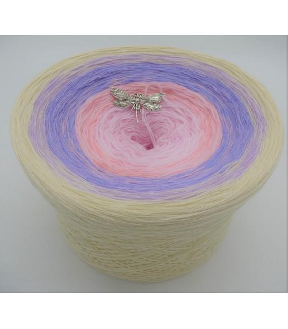 Liebe ist ... Träumerei (Love is ... reverie) - 4 ply gradient yarn - image 1