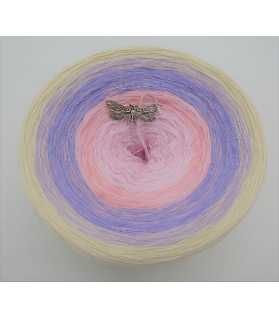 Liebe ist ... Träumerei (Love is ... reverie) - 4 ply gradient yarn - image 2