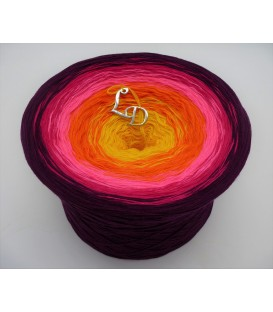 Liebe ist ... Sonne im Herz (Love is ... sun in the heart) - 4 ply gradient yarn - image 1