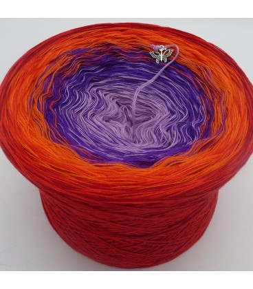 Red Magic - 4 ply gradient yarn - image 1