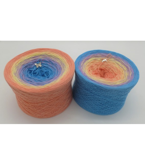 Girlie - 4 ply gradient yarn - image 1