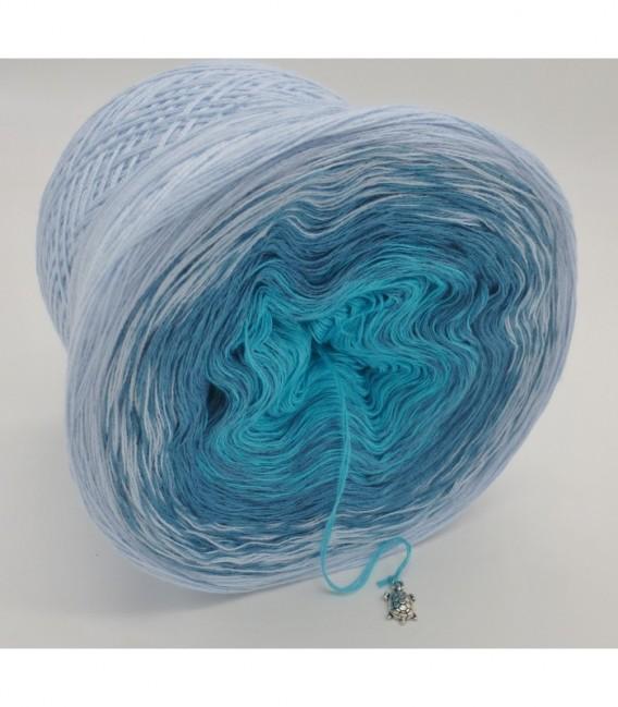Blaue Lagune - 3 ply gradient yarn image 8