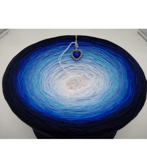 Herz des Ozeans Gigantischer Bobbel - Farbverlaufsgarn 4-fädig - Bild 4