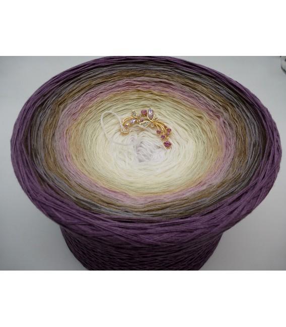 Atemlos (Breathless) Gigantic Bobbel - 4 ply gradient yarn - image 2