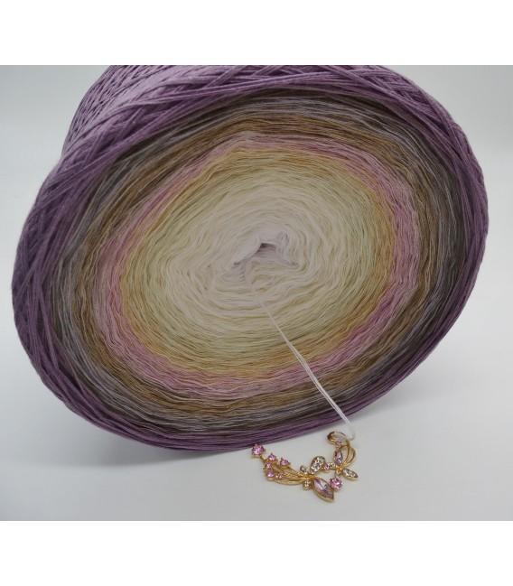 Atemlos (Breathless) Gigantic Bobbel - 4 ply gradient yarn - image 5