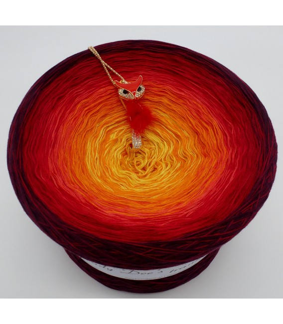 Feuervogel (Firebird) Gigantic Bobbel - 4 ply gradient yarn - image 3