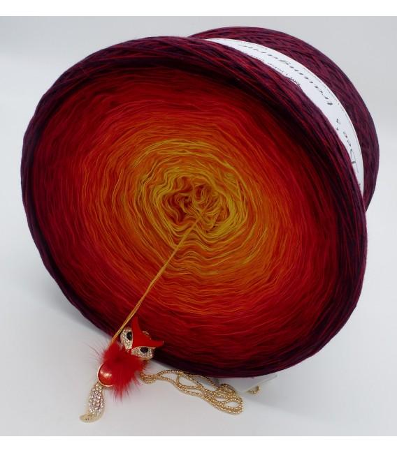 Feuervogel (Firebird) Gigantic Bobbel - 4 ply gradient yarn - image 6