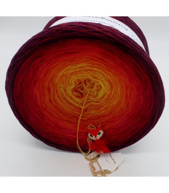 Feuervogel (Firebird) Gigantic Bobbel - 4 ply gradient yarn - image 8