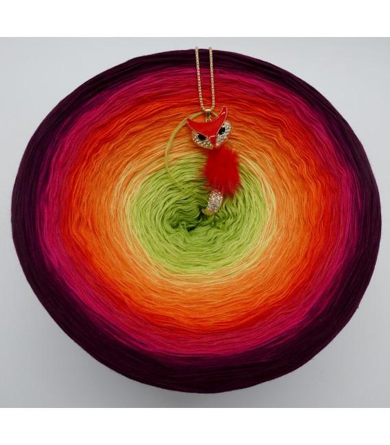 Traum der Blüten Gigantischer Bobbel - Farbverlaufsgarn 4-fädig - Bild 4