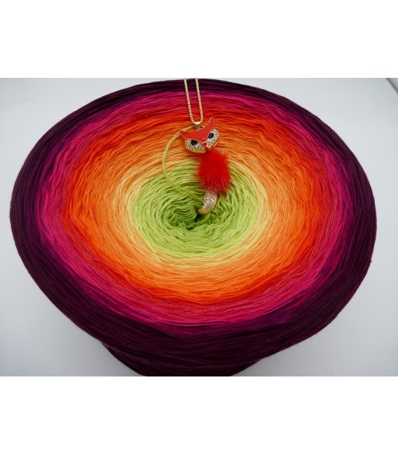 Traum der Blüten (Dream of the flowers) Gigantic Bobbel - 4 ply gradient yarn - image 3