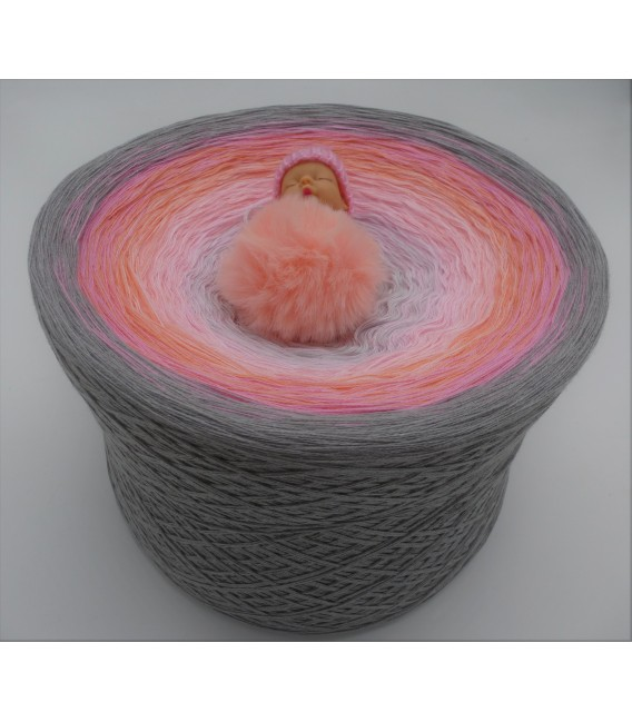 Lakisha Gigantic Bobbel - 4 ply gradient yarn - image 1