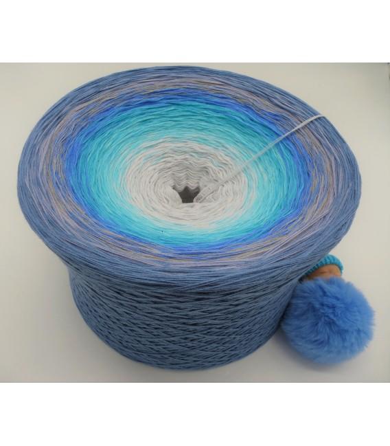 Tränen der Erinnerungen (Tears of memories) Gigantic Bobbel - 4 ply gradient yarn - image 2