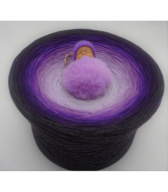 Intensity of Love Gigantic Bobbel - 4 ply gradient yarn - image 1