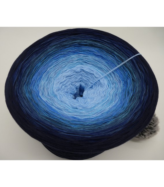 Blue Wonder Gigantic Bobbel - 4 ply gradient yarn - image 3