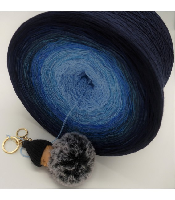 Blue Wonder Gigantic Bobbel - 4 ply gradient yarn - image 5