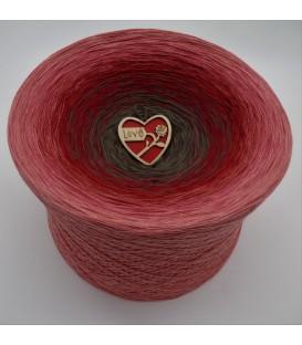 Bella Rosa Gigantic Bobbel - 4 ply gradient yarn - image 1