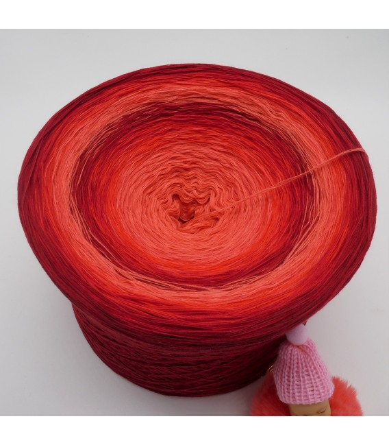 Red Roses (Красные розы) Гигантский Bobbel - 4 нитевидные градиента пряжи - Фото 3