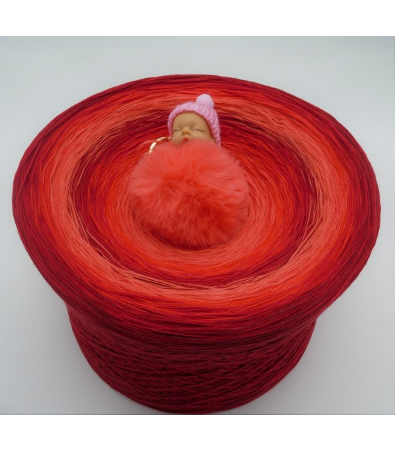 Red Roses Gigantic Bobbel - 4 ply gradient yarn - image 1
